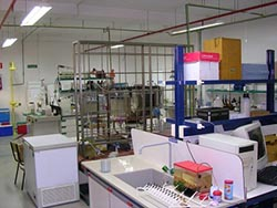 laboratorio ingeniería sanitaria ETSECCP